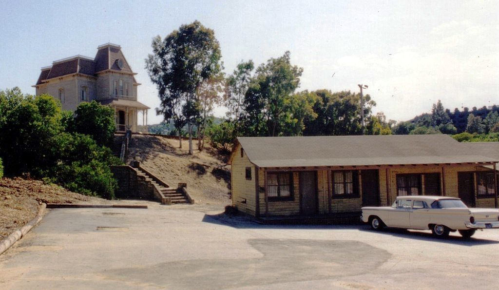 bates-norman-house-serie-tv-motel